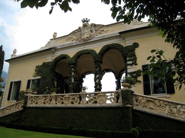 VillaFront