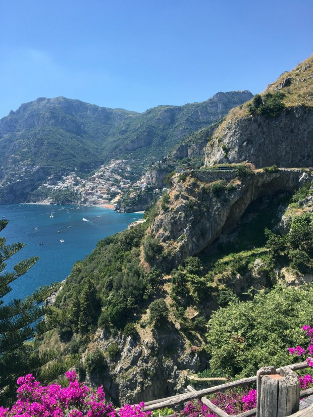 how to get from naples airport to amalfi